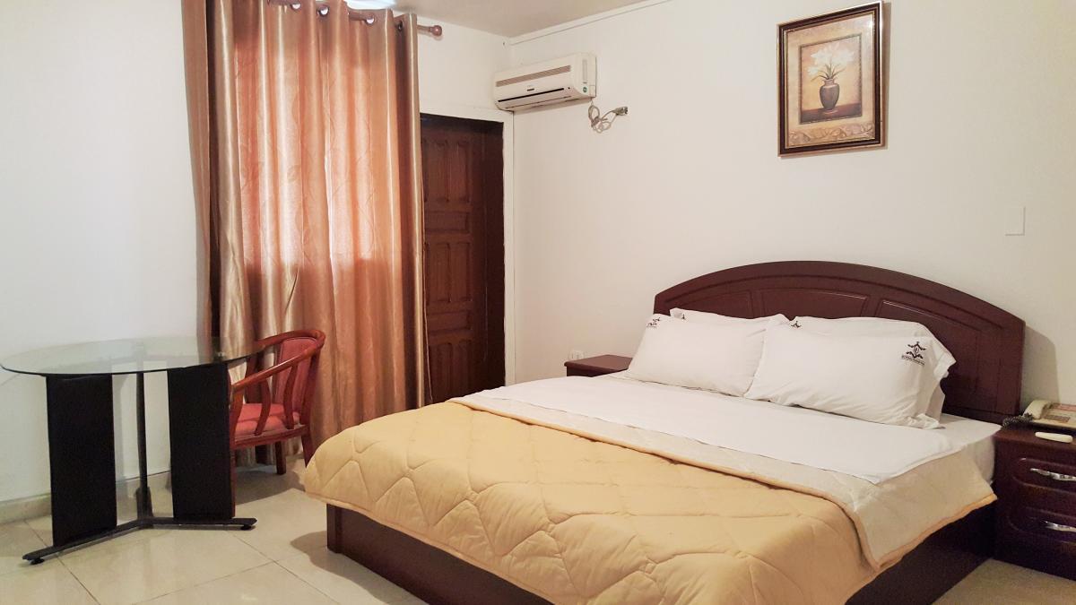 Royal Grand Hotel Monrovia