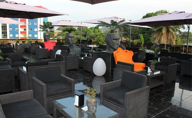 le mouv restaurant rooftop conakry