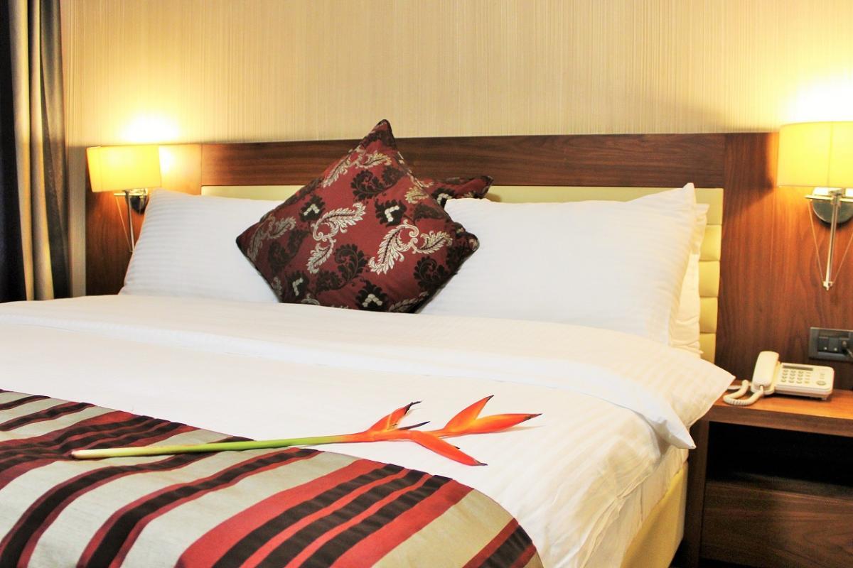 mamba point hotel monrovia