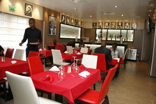mlys restaurant in conakry