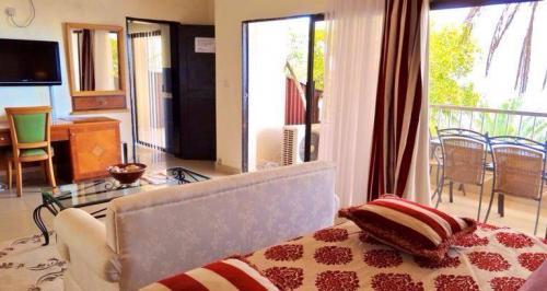 country lodge hotel sierra leone