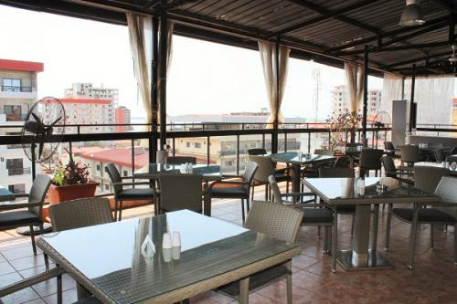 le beirut restaurant in conakry