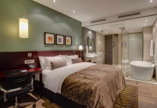 protea hotel takoradi select