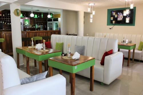 232 complex restaurant in freetown