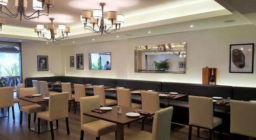 avenue sushi bar restaurant in guinea