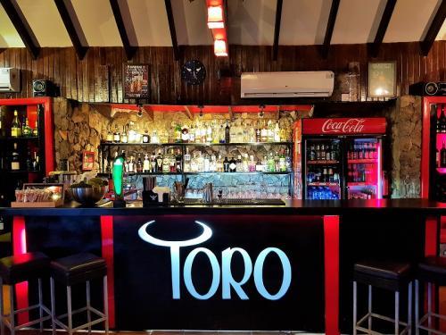 toro tapas restaurant accra