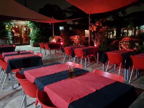 toro restaurant accra