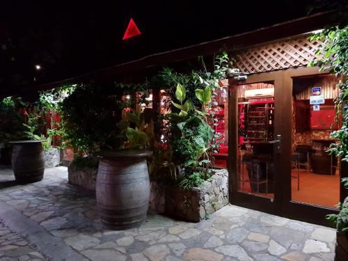 toro spanish restaurant accra